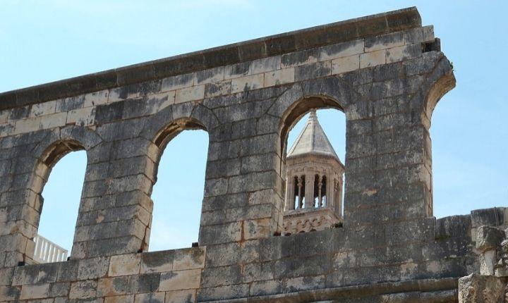 att göra i split diocletianus palats
