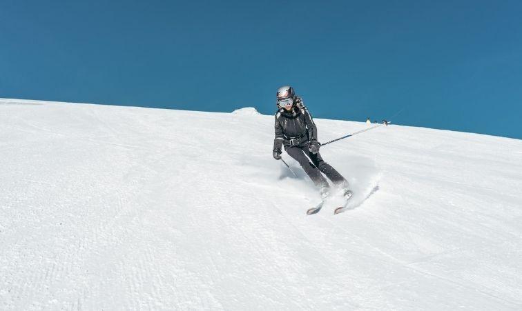 åka skidor som gravid