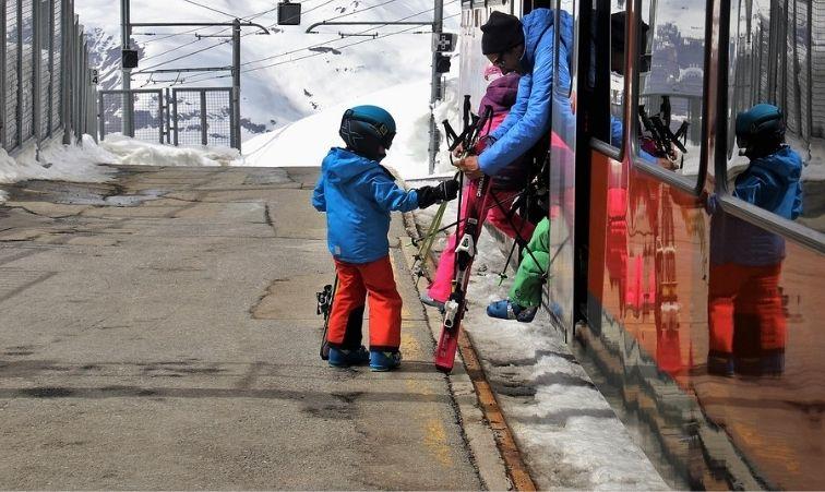 skidorter med tågförbindelse i sverige