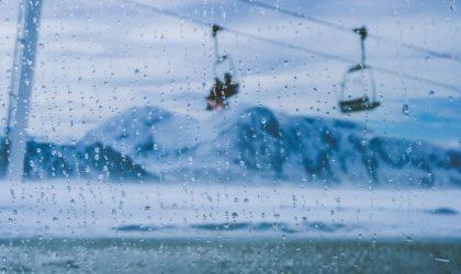 Åka skidor när det regnar – Tips för skidåkning vid blött väder